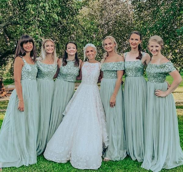 How To Ask Your Friends to Be Your Bridesmaids?
